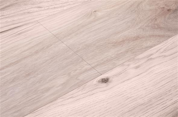10mm Shaw Grand Summit Hickory Laminate Flooring