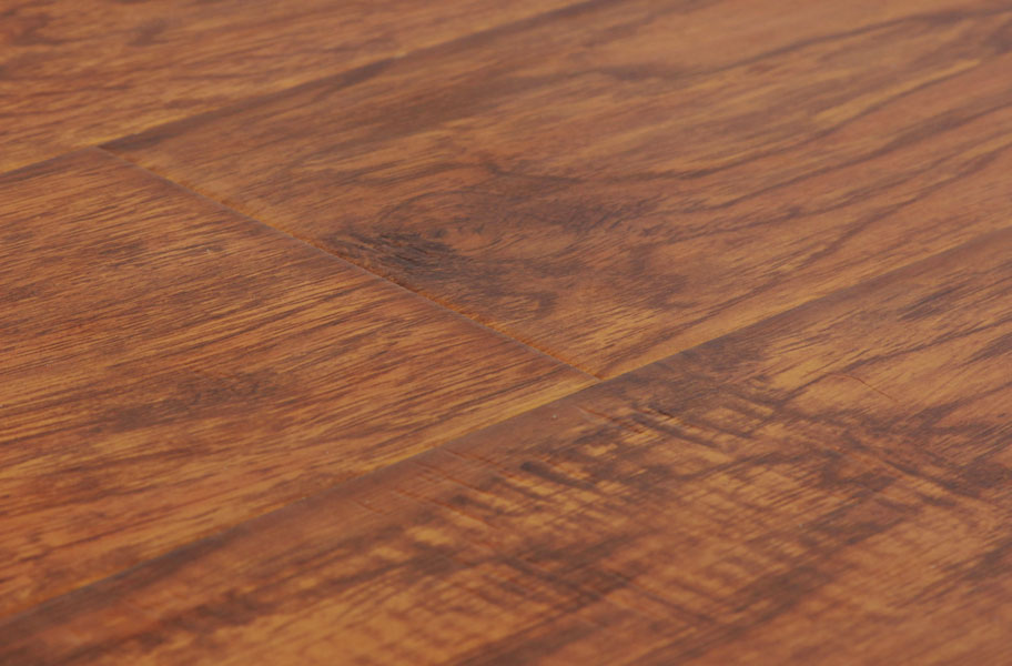12mm mega clic xanadu embossed and distress laminate for Clic laminate flooring