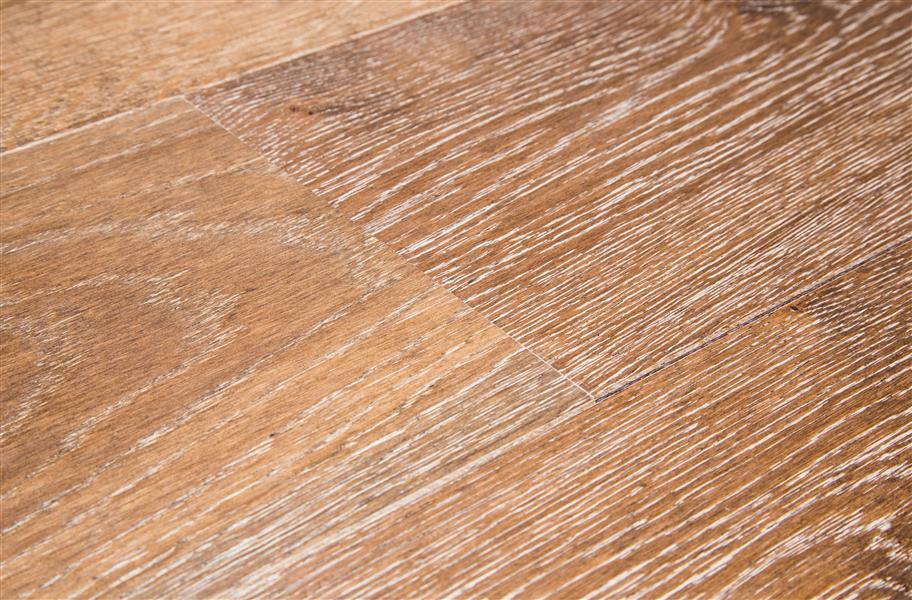 Shaw Castlewood Oak Vintage European Oil Rubbed Floors