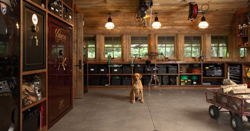 Country Rustic Garage Theme