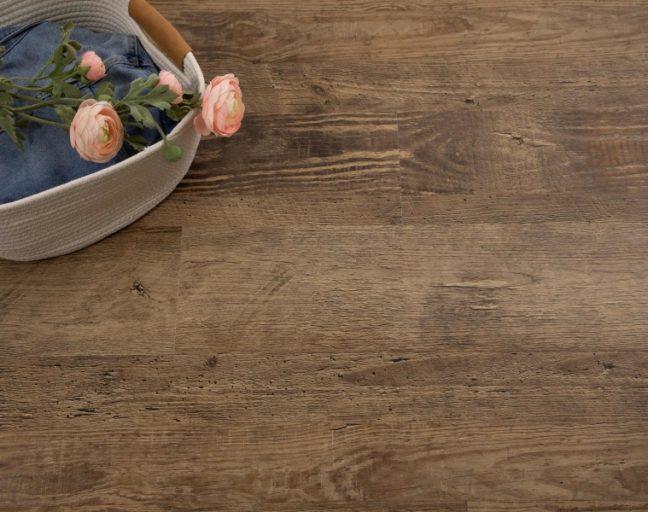 TritonCORE wood-look vinyl planks