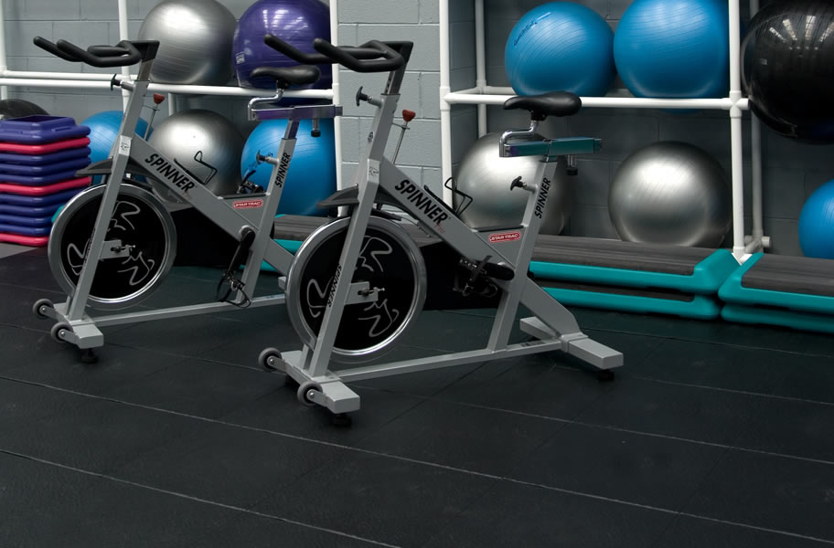 Buying guide options for home gym flooring