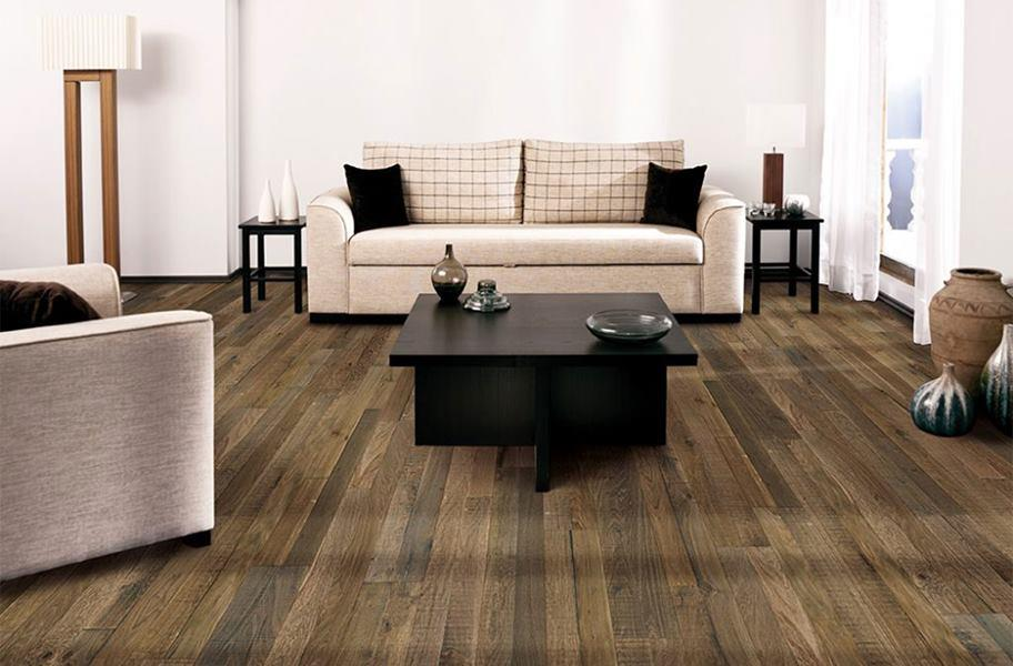 FlooringInc wood-look flooring in a living room setting