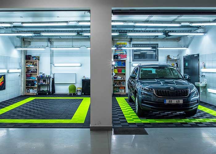Autoshop themed garage- Ribtrax
