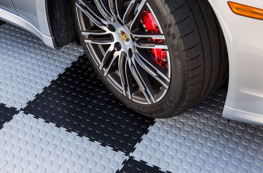 The Best Garage Flooring of 2017: This Year's Hottest Trends - find the best garage floors with this comprehensive guide