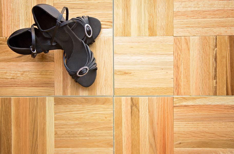 deluxe dance tiles for event flooring