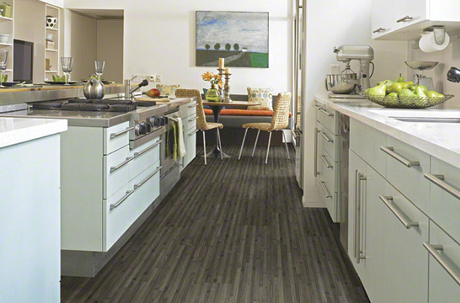 2018 kitchen flooring trends 20 flooring ideas for the perfect kitchen get inspired - Laminate Kitchen Flooring