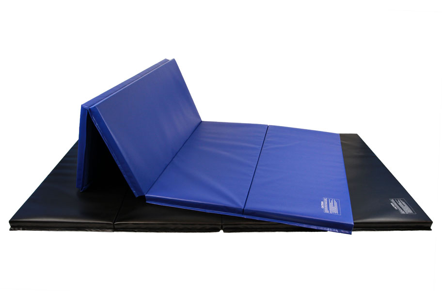 Looking for folding mats? Check out our buying guide to find the best folding mats for your skill level. Practice with safety in mind.