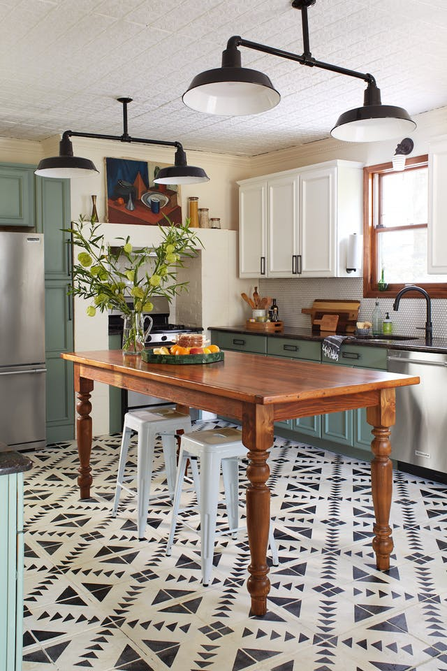 quirky farmhouse kitchens