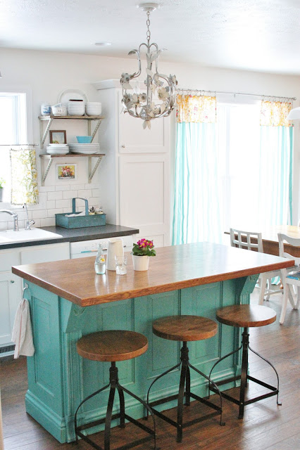 turquoise farmhouse kitchens