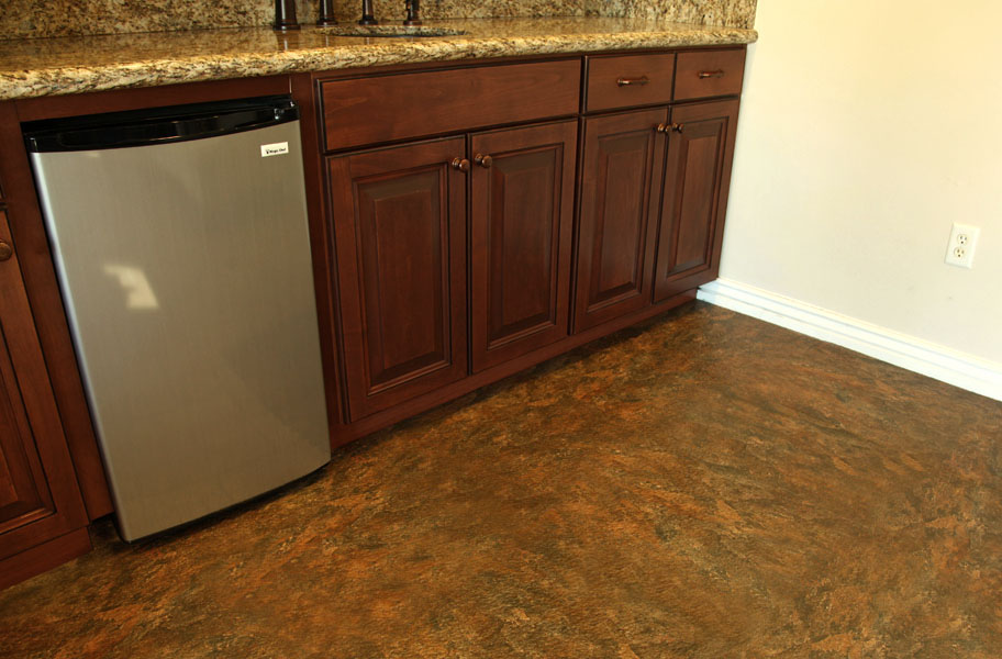 stone-look vinyl flex tiles in kitchen