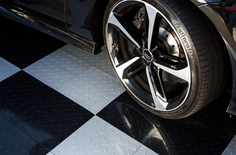 nitro tiles in black and white