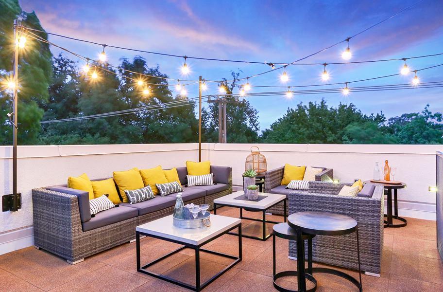 deck top tiles in a rooftop patio