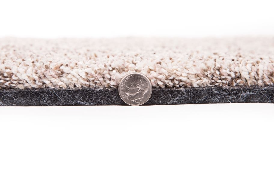 Air.o Gentle Breeze Carpet with Attached Pad