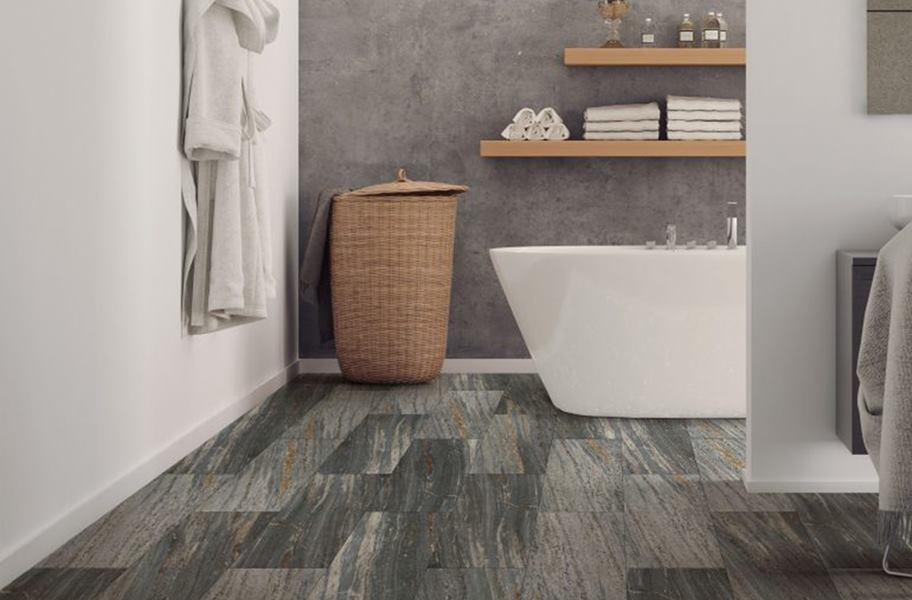 FlooringInc 2020 vinyl flooring trends: lvt in a bathroom setting