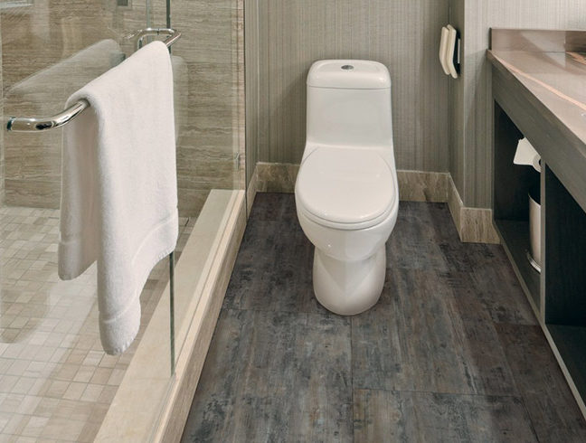 FlooringInc 2019 Bathroom Flooring Trends - vinyl flooring in bathroom setting