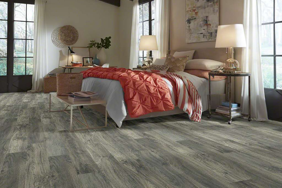 Flooringinc 2019 Flooring Trends Shaw Gold Coast Laminate In Greige Color Bedroom Setting