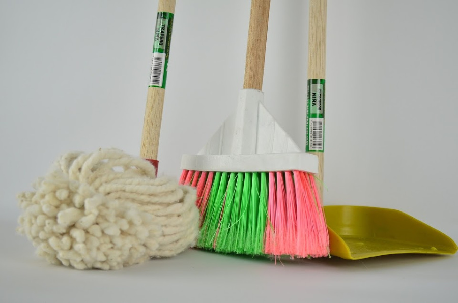 mop, broom, and dust pan