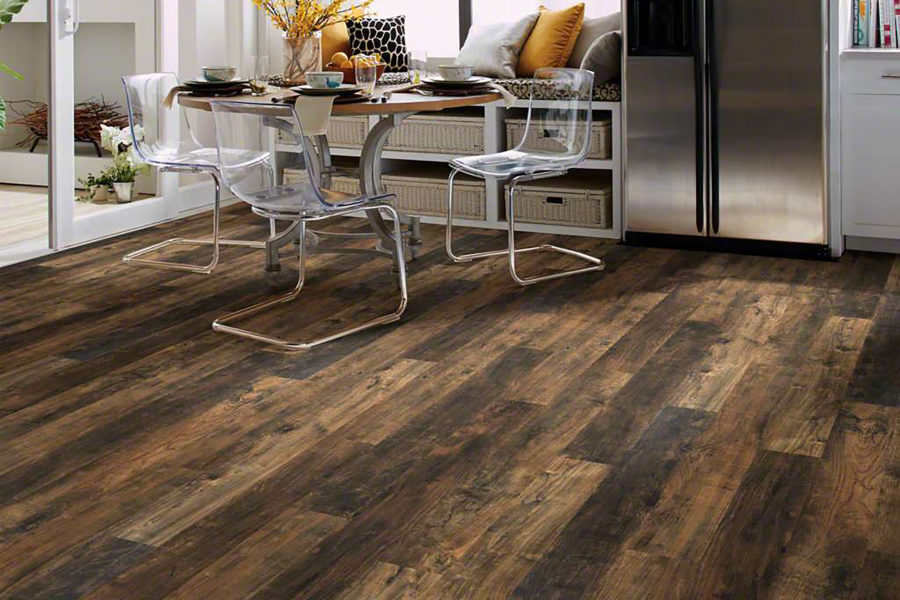 Engineered hardwood vs laminate flooring what 39 s the - Laminate versus hardwood flooring ...