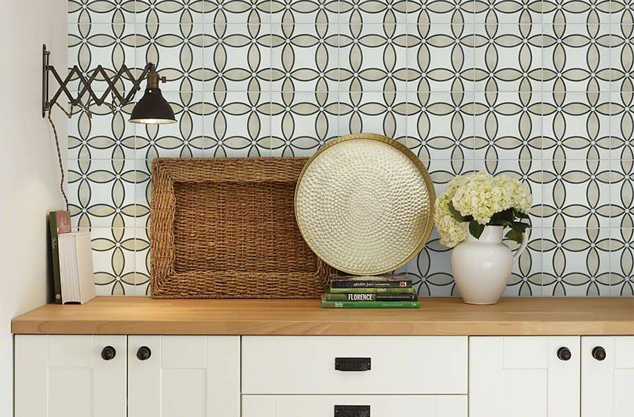 beige and white patterned wall tile over kitchen counter
