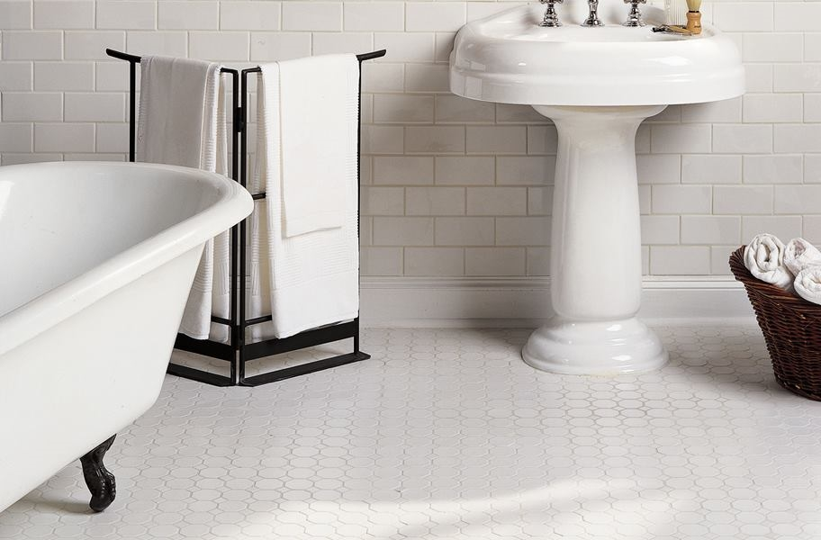 FlooringInc wall tile trends: white subway tile in a bathroom setting