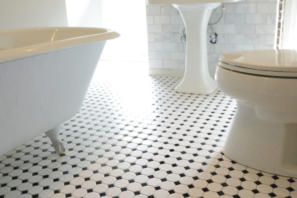 Bathroom with black and white octagon tiles