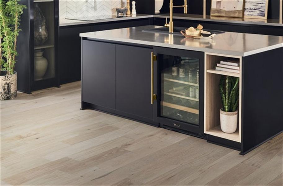 2021 Wood Flooring Trends: White Oak Wood Floors in a Kitchen Setting