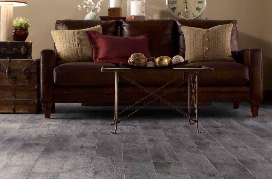 Gray laminate flooring: Mannington Historic Oak