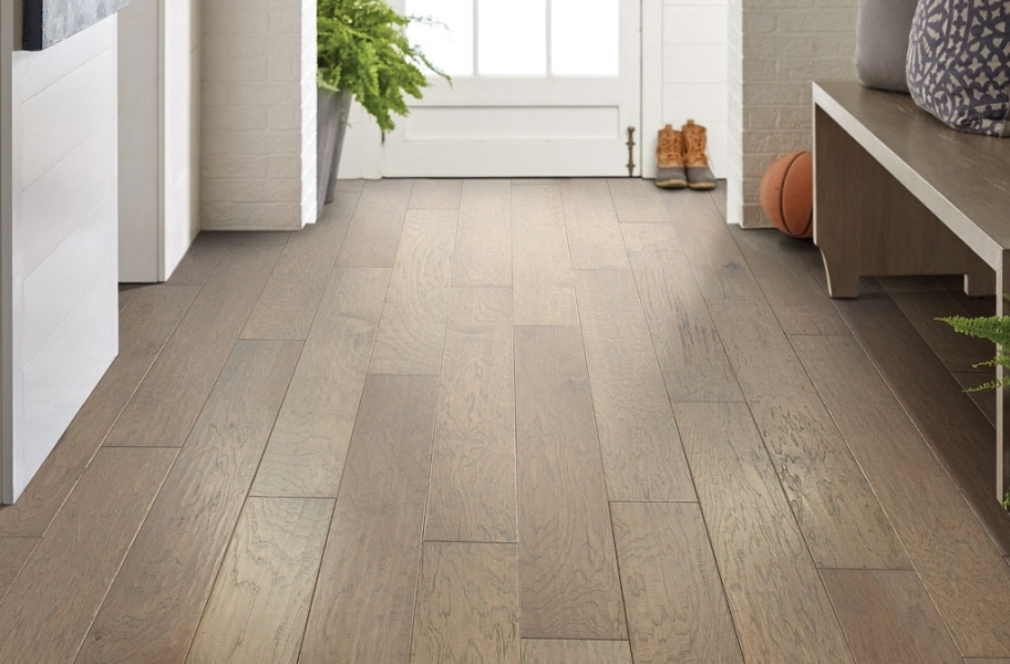 Engineered Wood Finishes: Shaw Riverstone Hickory Engineered Wood