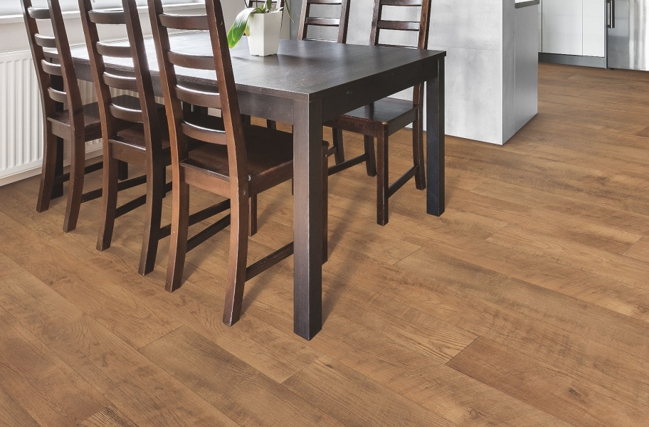 Stain-resistant laminate in a dining room setting