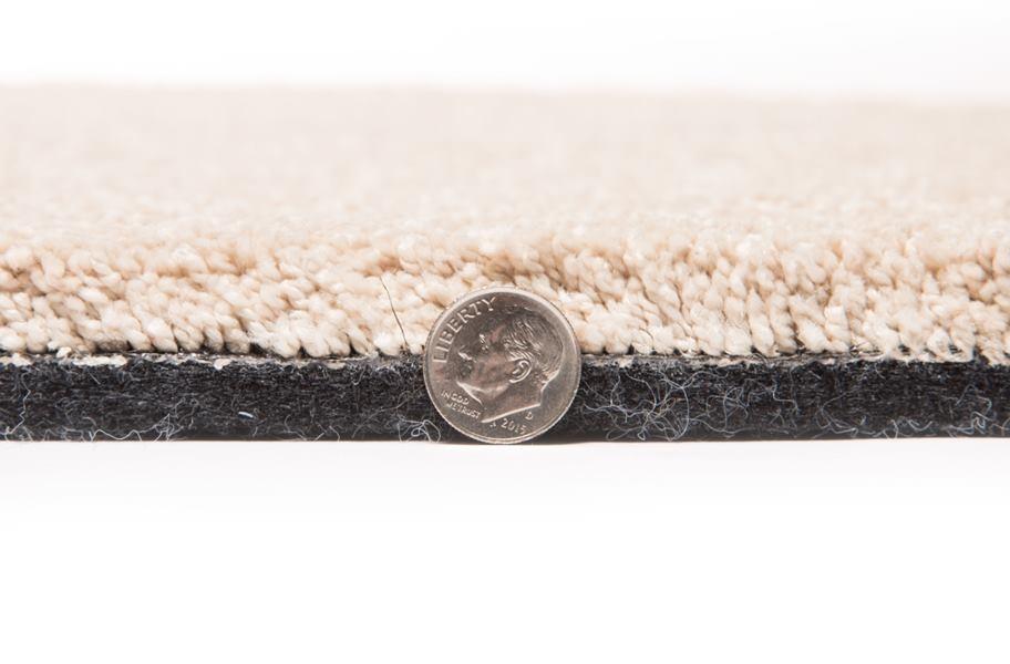 Frieze Carpet Trends: Air.o New Beginnings