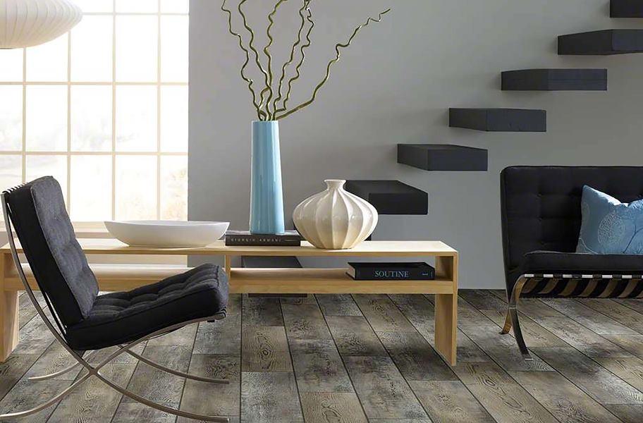 Waterproof vinyl flooring in a living room setting