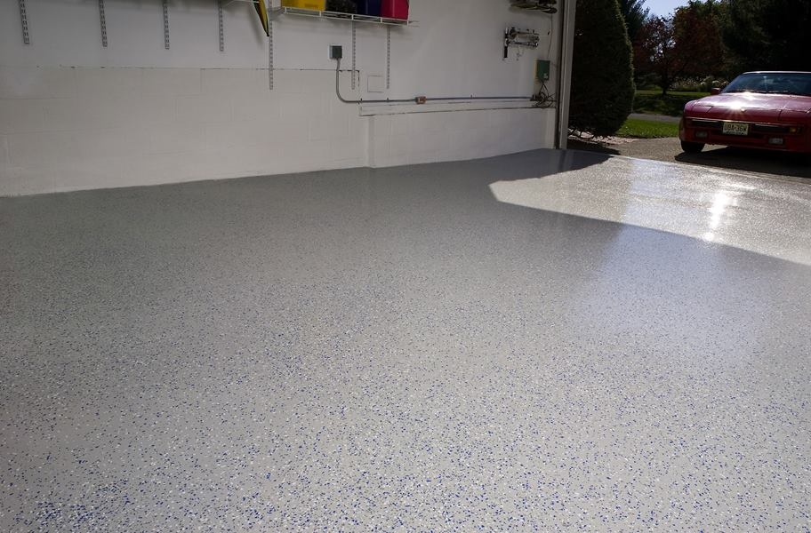 Epoxy paint on a residential garage floor