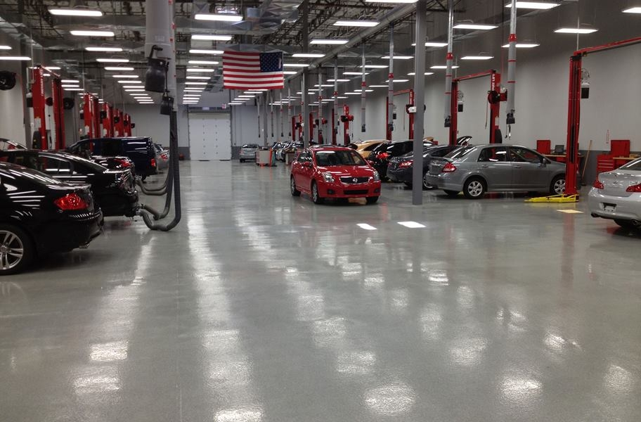 Epoxy paint coating in a commercial garage