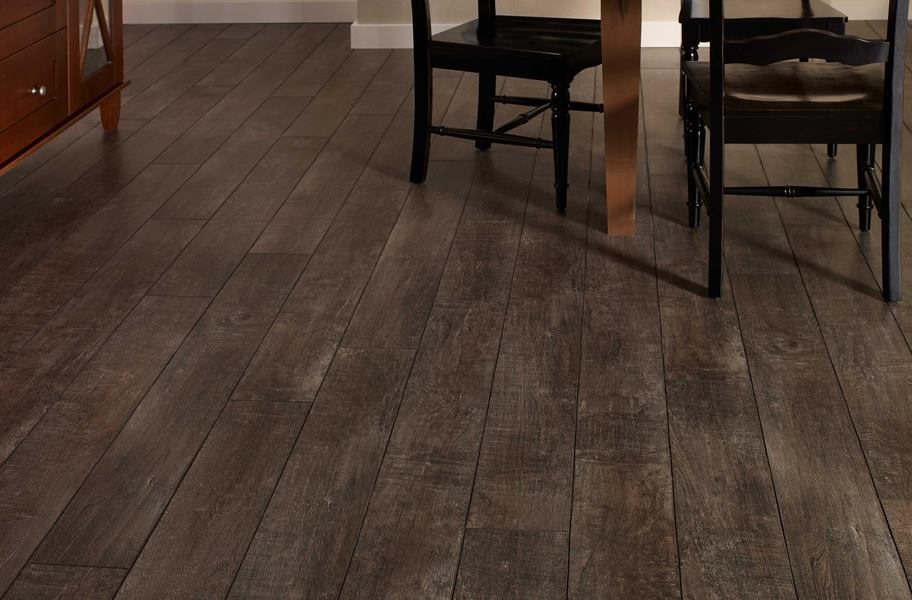 Temporary Flooring for Renters: 12mm Mannington Arcadia Laminate Planks