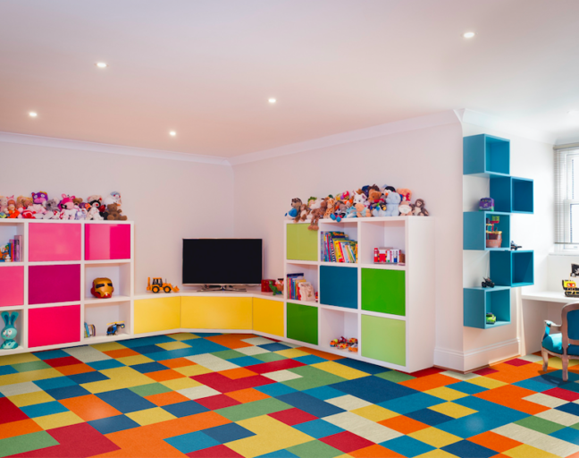 Color vinyl tile flooring in a study room