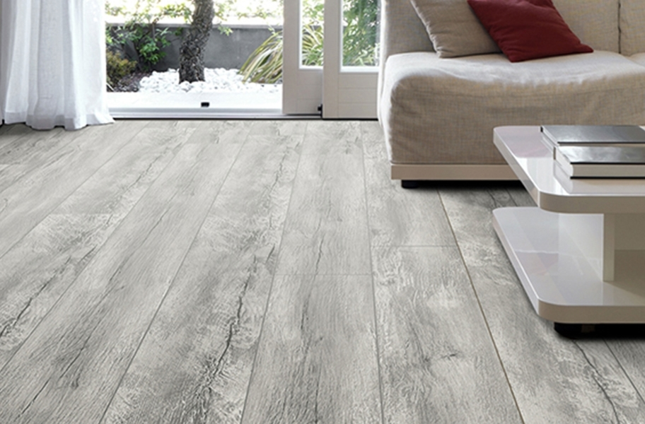 Laminate Flooring Trends: 12mm TimberCore Waterproof Laminate