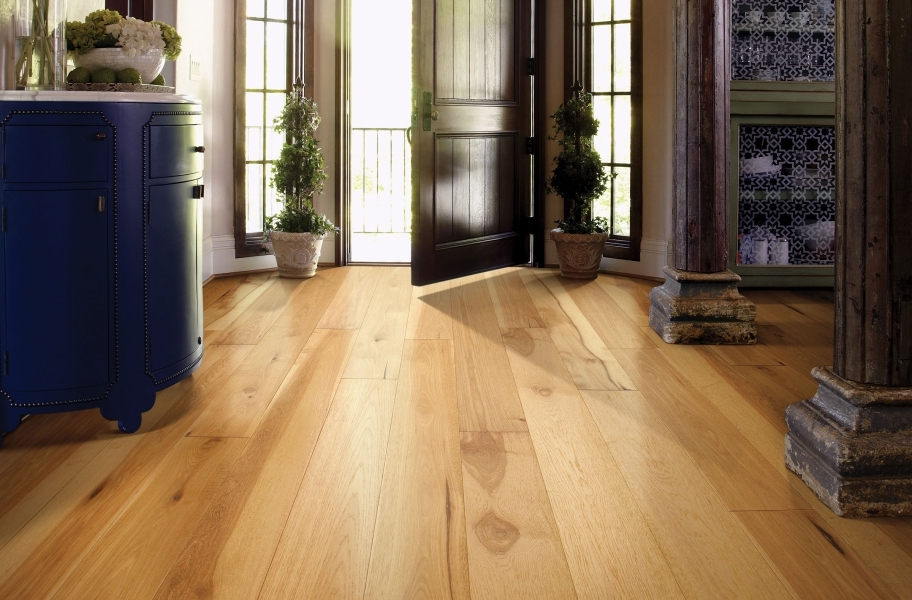 How to Clean Engineered Hardwood: Shaw Castlewood Hickory Engineered Wood