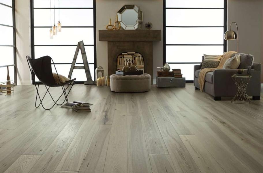 Engineered Hardwood FAQ: Shaw Reflections in a living room setting