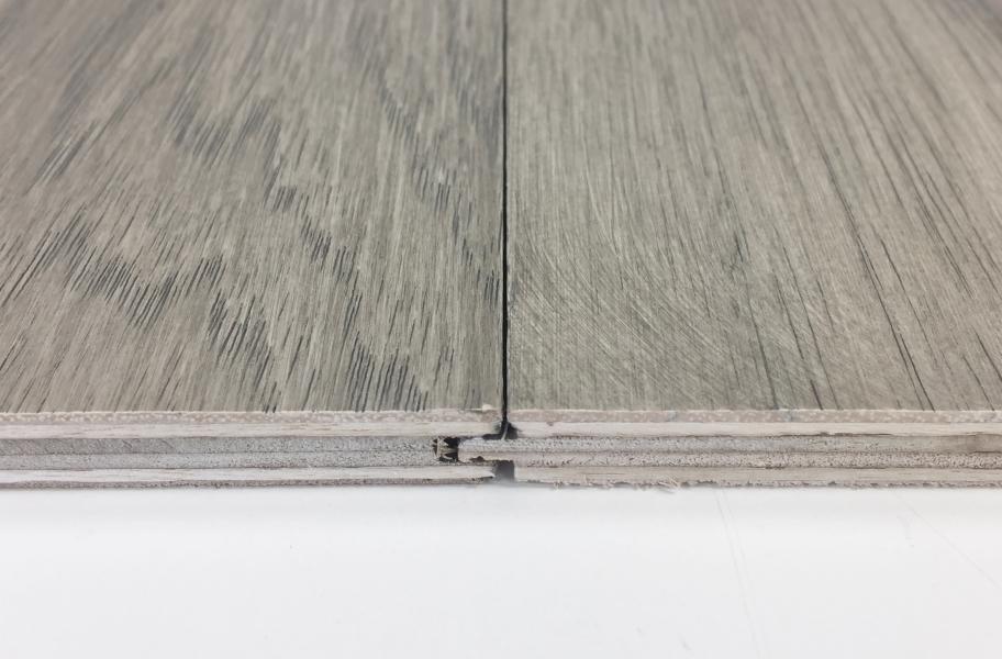 How do Floating Floors Stay in Place? Johnson Hardwood Italia Engineered Wood