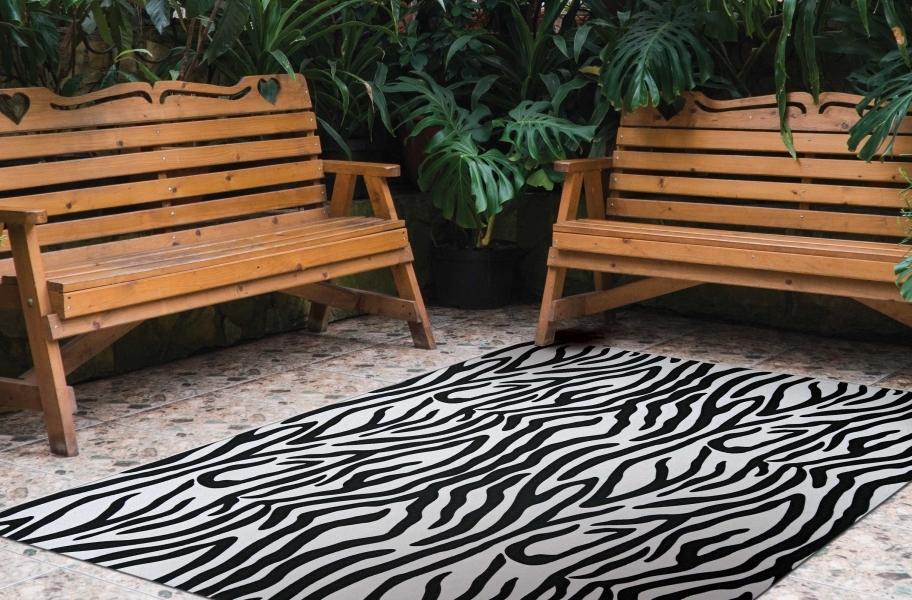 Unique Area Rugs: Zebra Indoor Outdoor Rug